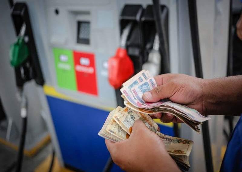 Los precios de los combustibles aumentan. RCV