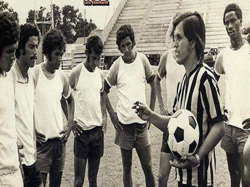 osé de la Paz Herrera con la seleccion nacional de Honduras RCV