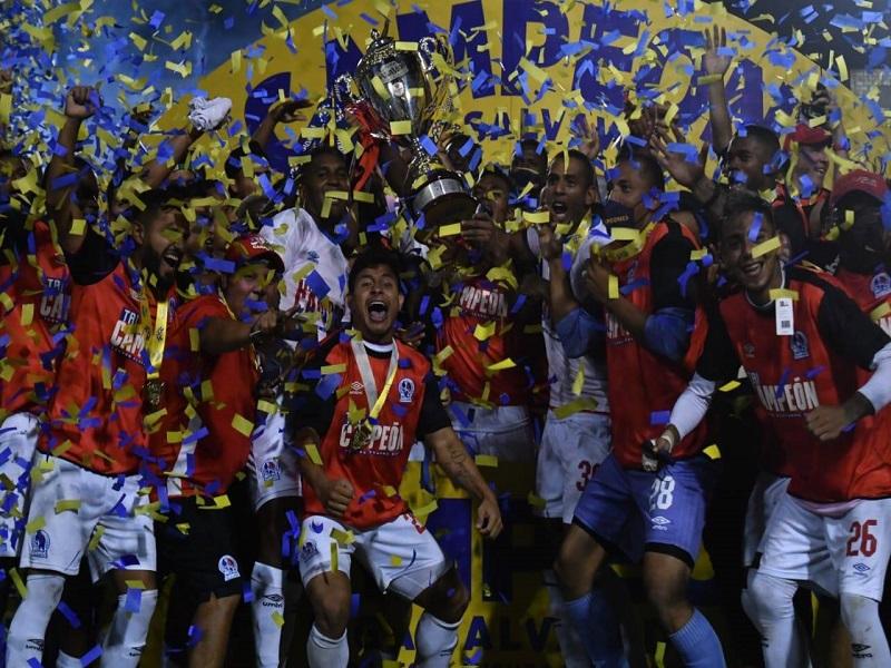 Olimpia Tricampeón RCV